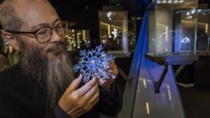 Kunstenaar Wallace Chan: geestelijk vader van peperdure sieraden, maar ook een bescheiden monnik