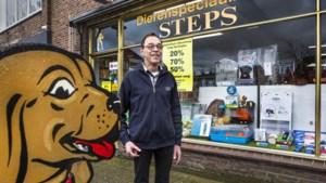 Dierenwinkel in Elsloo sluit na 61 jaar: 'We gingen van één soort hondenvoer naar honderden'