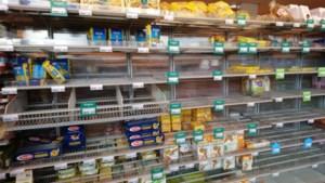 Oproep minister: 'Er is voedsel genoeg! Laat wat over in de schappen voor anderen'