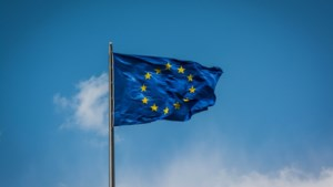 Europese Commissie knijpt oogje dicht bij het toetsen of EU-regels tijdens coronacrisis goed worden nageleefd