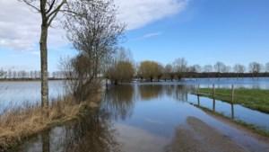 Meerdere wegen nog afgesloten vanwege hoogwater