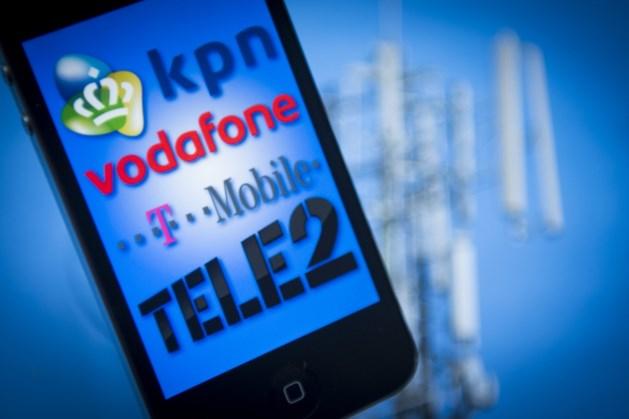 Extra drukte op netwerk telecomproviders door thuiswerken en Netflix