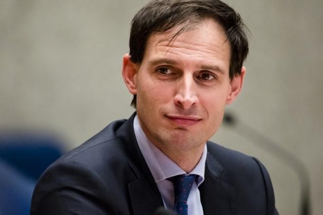Minister Hoekstra vergelijkt vertrek Hamers bij ING met overstap Ziyech naar Chelsea