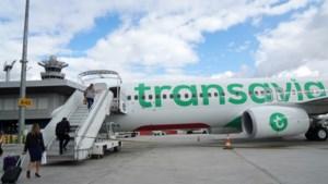 Transavia staakt vanaf maandag alle vluchten: 'Alleen mensen ophalen gaat nog door'