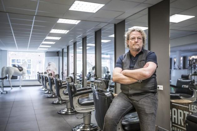 Kapper sluit salons: 'Ik zou het mezelf niet vergeven als mijn personeel het virus oploopt'