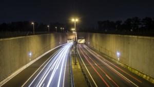 Te hoog voertuig: Roertunnel op A73 was enige tijd dicht