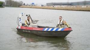 Brandweer zoekt met sonarapparatuur in Zuid-Willemsvaart naar vermiste vrouw
