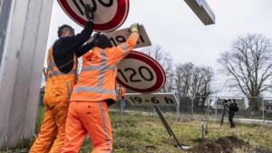 Limburger doet aangifte tegen 100 km-maatregel: 'Elektrische auto's zouden uitgezonderd moeten worden'