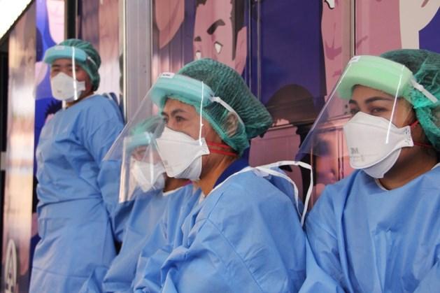 TERUGLEZEN | 405 coronapatiënten op intensive care, Grapperhaus noemt gedrag Nederlanders 'beschamend'