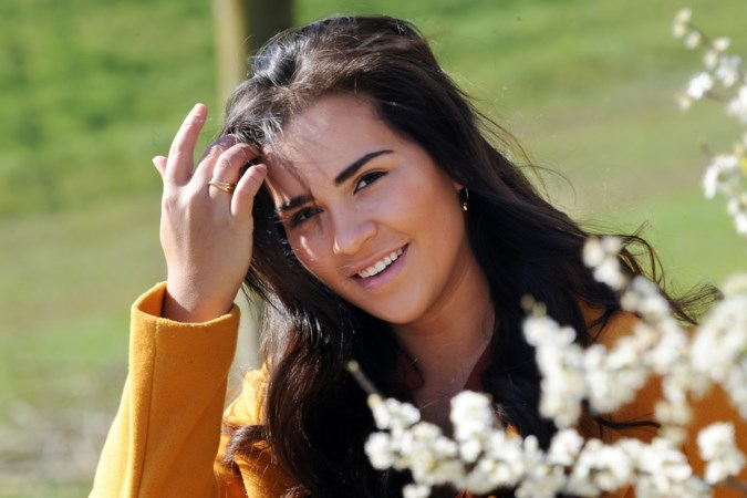 Laura uit Hout-Blerick strijdt voor titel Miss Beauty of Limburg: 'Ik hou er eigenlijk helemaal niet van om in het middelpunt te staan'