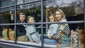 Fotograaf William Rutten kiekt thuiszittende BN'ers: 'Iedereen zit in hetzelfde schuitje'