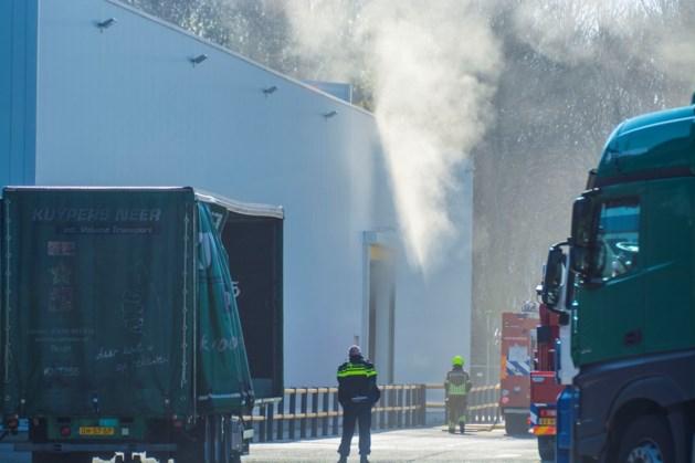 Brandweer rukt uit voor brand bij palletfabriek Venlo