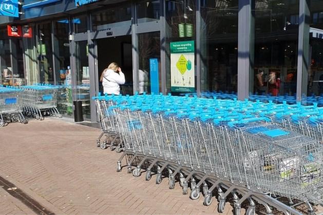 Zorgen om gevolgen deurbeleid winkels voor alleenstaande ouders