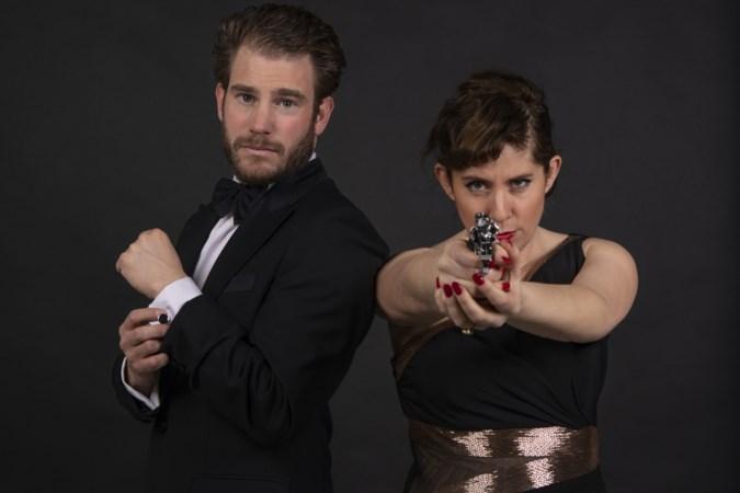 Zangeres Dorona Alberti in de ban van James Bond: Licence to sing