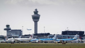 Schiphol gooit prognoses voor 2020 in de prullenbak