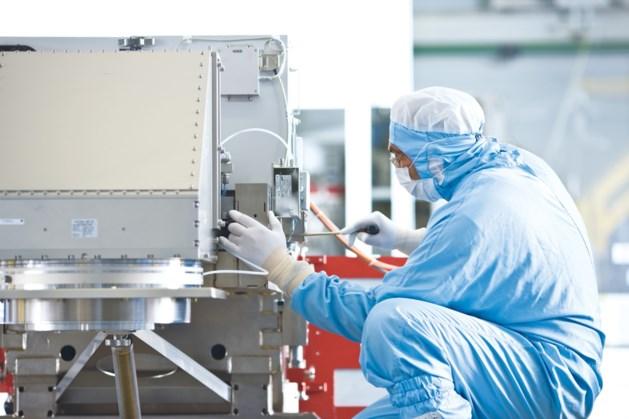 Chipmachinefabrikant ASML merkt gevolgen coronacrisis