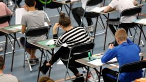 Schoolexamens: het schoolgebouw wordt gemeden