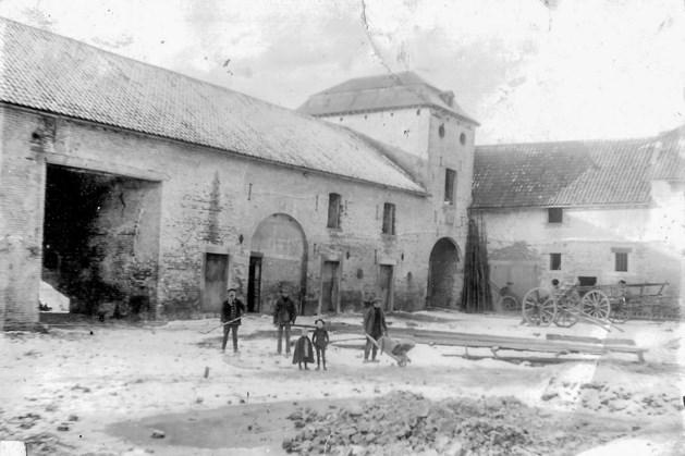 De geschiedenis van de Neerbeekerhof