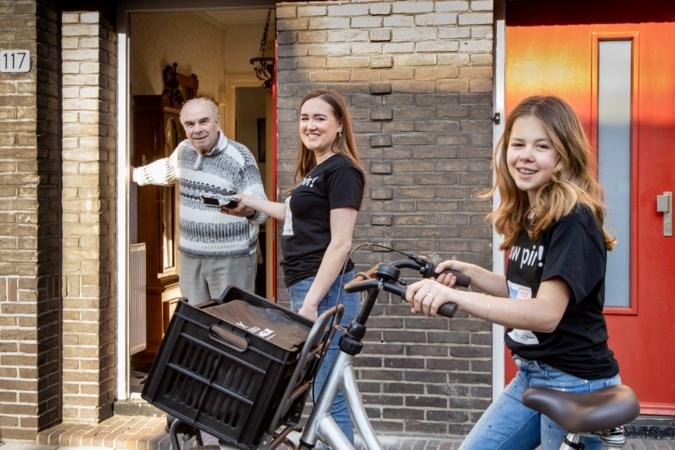 Zusjes runnen gratis maaltijdservice voor ouderen