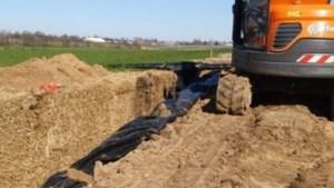 Ingepakte strobalen moeten regenwater in Terblijt tegenhouden