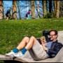 Nederland blijft massaal thuis op zonovergoten zondag, maar soms gaat het goed mis