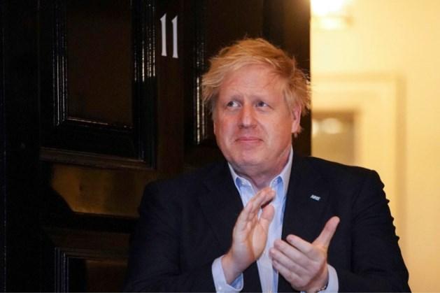 Boris Johnson in ziekenhuis om extra tests vanwege coronavirus