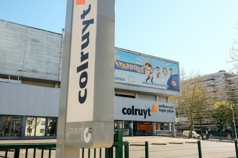 Belgische supermarktmedewerker (32) overleden, familie boos dat 'hij geen mondkapje mocht dragen'