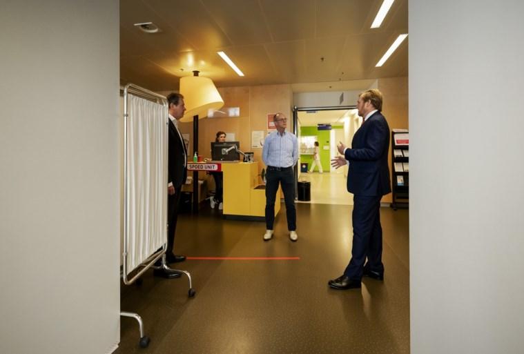 Koning bezoekt Jeroen Bosch Ziekenhuis in Den Bosch