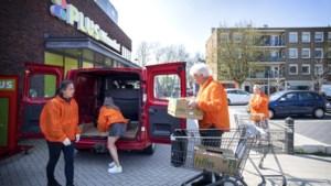 Boodschappendienst Ouderenpartij Heerlen loopt na stroeve start als een trein