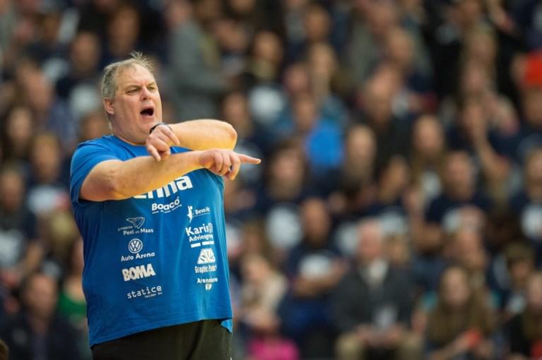 Geert Hinskens trainer Quintus, Vlijm als assistent naar België