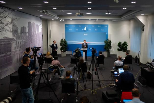 Rutte: 'Oude leven na 28 april niet terug, 1,5 meter blijft nog'