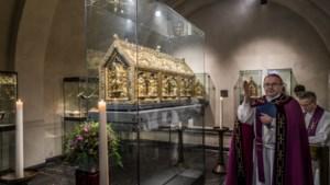 Grote kerken in Maastricht en Klooster Wittem verwachten geen grote drukte met Pasen: 'Mensen zijn bang voor het virus'