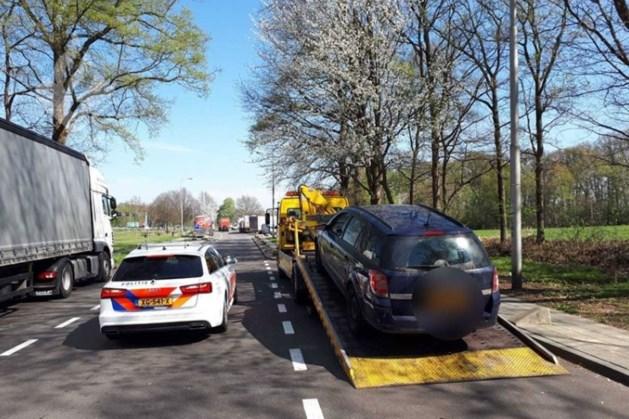 Bestuurder raakt auto kwijt: voor vierde keer gepakt met ongeldig rijbewijs