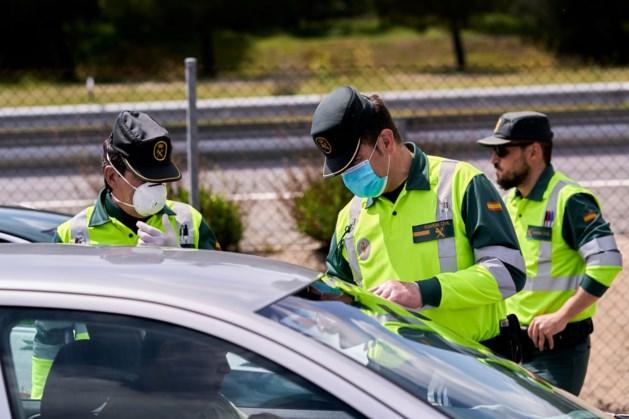 Spaanse regering overweegt om hele zomer geen buitenlandse toeristen toe te laten