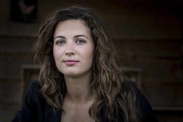3,3 miljoen mensen zien boerin Annemiek alleen achterblijven