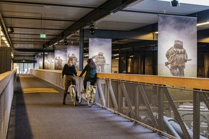 Oorlogsmuseum bereidt zich voor op 1,5 meter-samenleving: eenrichtingsverkeer en afgesloten gangetjes
