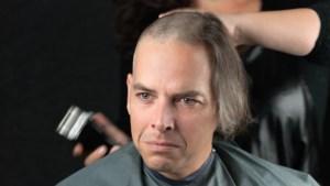 Denen willen massaal naar de kapper, boekingssite crasht