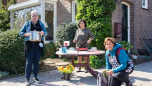 Stichting Bloempje kookt voor gezinnen uit Sittard-Geleen met een kleine beurs
