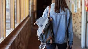Onderwijsminister belooft studenten meer coronacompensatie