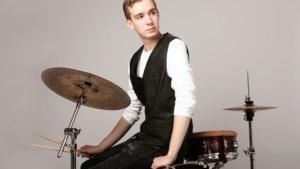 Bob Kessels uit Geleen: drummen en poseren in Londen