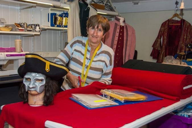Astrid Schoonbrood uit Schinnen brengt historie met kostuums tot leven
