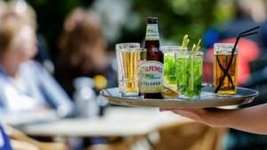 Premier Rutte: Openen terrassen op 1 juni is nog onzeker
