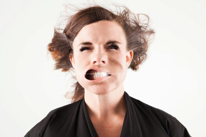 Jagen op de Hollywoodsmile: witte(re) tanden door bleken of facings
