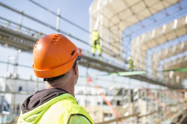 'Maatregelen tegen corona op bouwplaats schieten tekort'