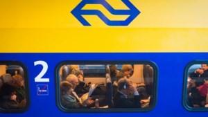 NS gaat aanmeldservice voor drukke treinen testen: Rover kritisch op plannen