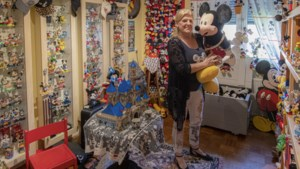 Dit huis in Hoensbroek staat vol met Mickey Mouse-spullen: 'Zijn lachende snoetje doet me goed'