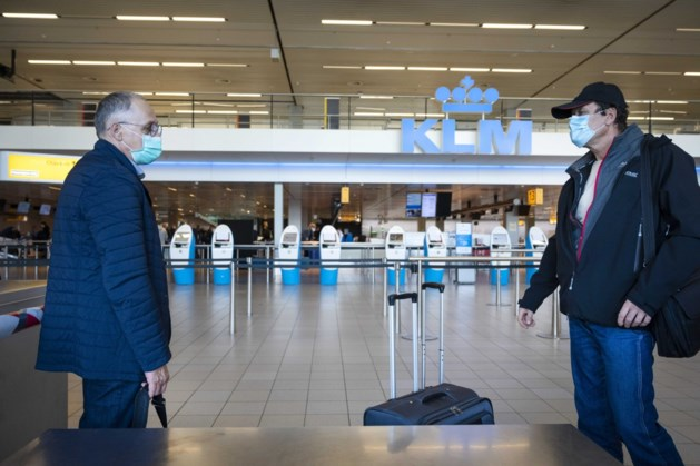 Gedupeerde geannuleerde vlucht mag geld terugeisen, Brussel wijst Nederlandse voucherregeling af
