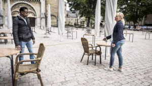Grapperhaus: horeca-ondernemer is verantwoordelijk voor 1,5 meter