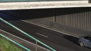 Schoonmaakwerkzaamheden A76; een rijstrook dicht