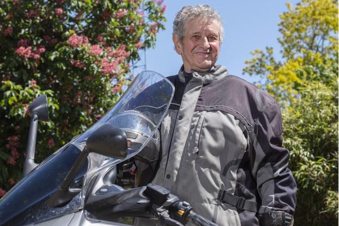 Theo uit Grubbenvorst is 85 en stapt nog elke dag op de motor